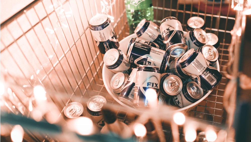 Cart with beer (Photo: Angelo Pantazius on Unsplash)