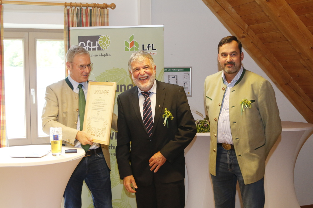 Inauguration Hüll with honouring of Jakob Opperer 2020